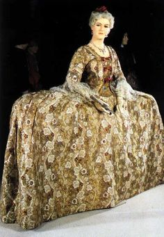 1745 Mantua dress for court:~ Yikes! She's wearing a sofa...