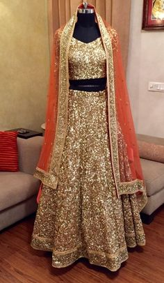 16 Lengha Choli Looks For Your Wedding Day Indian Wedding Outfits, Bridal Outfits, Indian Outfits, Bridal Dresses, Indian Clothes, Lengha Choli, Red Lehenga, Bridal Lehenga, Golden Lehenga