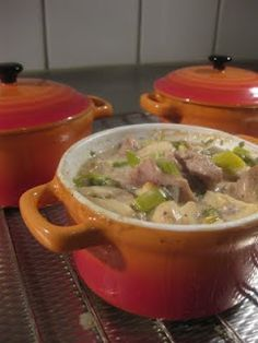 Excellent-eten.nl: Mini pannetje met romige kip Dutch Oven Recipes, Cooking Recipes, Healthy Recipes, Mini Cocotte Recipe, My Favorite Food, I Foods, Love Food, The Best, Chicken Recipes