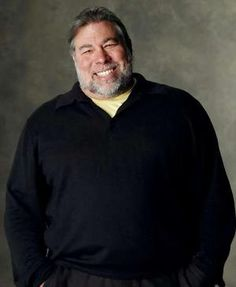 Apple co-founder Steve Wozniak claims Apple ruined Siri Steve Wozniak, Computer Engineering, Computer Science, Steve Jobs, Linux, Co Founder, Inspiring People, Historia