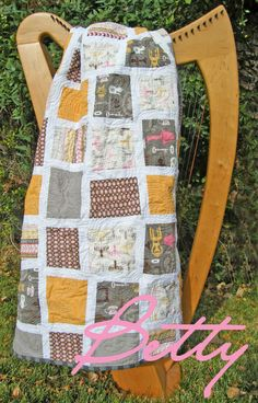 Betty Lap Quilt Pattern... Daisy Cottage fabric