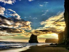 Plenty of drama in this beach level shot at Gibson Steps - Port Campbell National Park