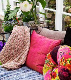 miss-design_com-interior-garden-greenhouse-summer-swedish-7.jpg (570×640)