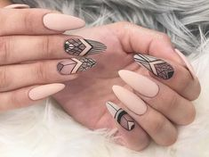 30 Ideas With Long Nails For Different Shapes Long nails look really feminine and extremely elegant. What is your favorite nail shape? Get inspiration from our gallery of long nail shapes and matching nail designs. Find out which nail designs an Diy Nails, Cute Nails, Pretty Nails, Flower Nail Designs, Nail Art Designs, Nails Design, Design Art, Design Ideas, Short Nails