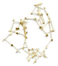 marta boan jewells -cyclical pattern 09 gold 18 k 72 cm length 2007