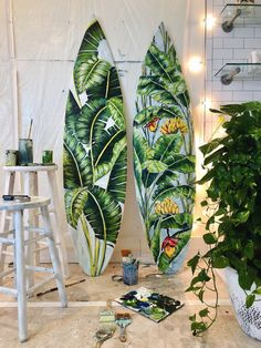 surfsup: Some mornings, I couldn't get the girls up and out of CON KSO early enough for a dawn patrol surf check. On those days I'd set off on the surf exploration satellite vehicle. Surfboard Painting, Surfboard Art, Hawaii Painting, Skateboard Design, Skateboard Art, Deco Surf, Posca Marker, Surf Design, Surfing Pictures