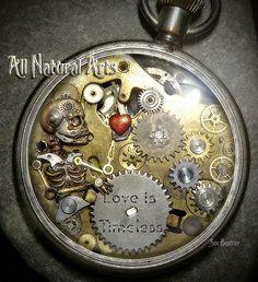D'anciennes montres retrouvent une seconde jeunesse en devenant des sculptures mécaniques étonnantes