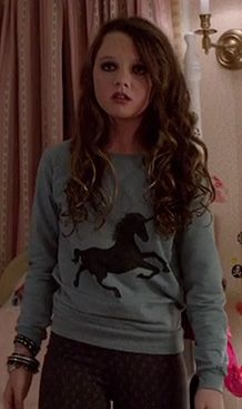 Dorrit's unicorn sweater on The Carrie Diaries.  Outfit Details: http://wornontv.net/9984/ #TheCarrieDiaries