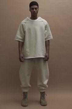 19620ce3637 Yeezy Fall 2016 Ready-to-Wear Fashion Show Collection  See the complete  Yeezy Fall 2016 Ready-to-Wear collection.