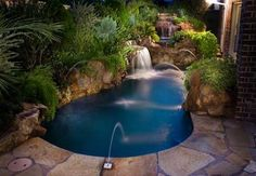 This is going in my next back yard! Spool = Spa + Pool