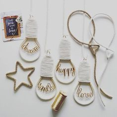 création originale hello-love-dream-smile-happy-laugh-live-home-hope Wire Crafts, Diy And Crafts, Amigurumi Giraffe, Spool Knitting, Creation Deco, Ideias Diy, Diy Décoration, Wire Art, String Art