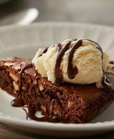 ... la mode brownie pie a la mode brownie pie a la mode recipes dishmaps