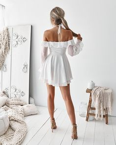 Azalea Dress - White - Twosister's The Label US White Dress Winter, Cute White Dress, Grad Dresses, Homecoming Dresses, Party Dresses, Prom, Sisters The Label, Cool Outfits, Summer Outfits