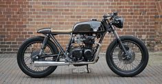 Racy Runabout - Unikat Honda CB350f ~ Return of the Cafe Racers