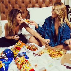 girls friends niykee heaton hair food pizza snacks yum