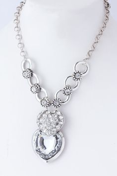https://www.krisandkate.com/dealoftheday.html  #Deal of the Day Crystal Heart Pendant $24