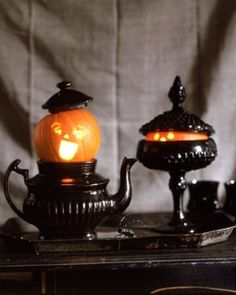 whimsical and elegant Halloween decorations  #halloween, #pumpkin, #holidays