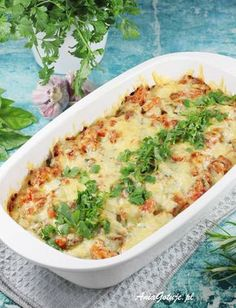 Macaroni casserole with minced meat AniaGotuje. Ketogenic Recipes, Low Carb Recipes, Healthy Recipes, Macaroni Casserole, Mince Meat, Summer Recipes, Macaroni And Cheese, Food And Drink, Tasty