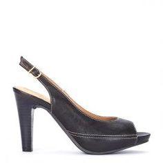 Peeptoe Pedro Miralles piel negro y tacón madera #shoes #shoeporn #peeptoes #trends #ss16 #shoes #pedromiralles #shoeaddict #madeinspain