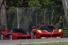 Godimento puro: l'incredibile rombo di tuono della Ferrari FXX K