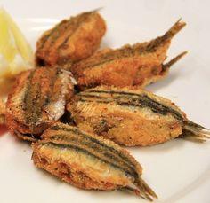 Alici ripiene alla calabrese Un altro piatto tipico della Calabria, questa volta a base di pesce. Facile, economico e gustoso. Può essere un secondo piatto