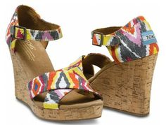 Cute and Comfy Sandals: Tom's 'Cenna' strappy wedges