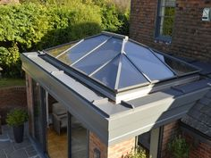A premium quality slimline thermally broken aluminium roof lantern to bring light into an extension, new build or a garden room Orangery Extension Kitchen, Orangerie Extension, Kitchen Orangery, Kitchen Extension With Roof Lantern, Glass Roof Extension, Garden Room Extensions, House Extensions, Pergola With Roof, Patio Roof