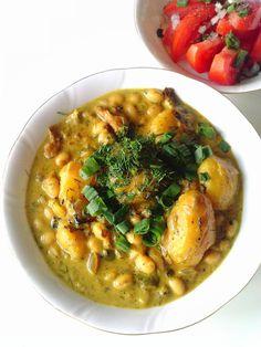 WEGANIZM UDOMOWIONY: Curry z młodymi ziemniakami, fasolką i koperkiem