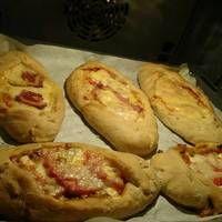 Ζύμη για πίτσα και πεϊνιρλί Baked Potato, Potatoes, Snacks, Baking, Ethnic Recipes, Paradise, Cocktails, Cupcakes, Foods