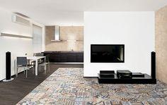 Portare l'amore per le mattonelle patchwork in salotto moderno. Bella idea della ceramica mix & match abbinata al gres porcellanato - Start Preventivi