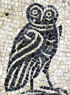 A new workshop on the Roman invasion and its effect on the Celtic peoples of Britain Owl Mosaic, Mosaic Birds, Mosaic Wall Art, Stone Slab, Stone Mosaic, Mosaic Glass, Ancient Romans, Ancient Art, Celtic Art
