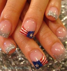 In case you have very short or brittle nails, you can go for a gel manicure. Short nails ought to be painted in such a manner they appear lengthy. Your glossy gel nails are prepared to flaunt. Fancy Nails, Love Nails, How To Do Nails, Pretty Nails, My Nails, Glittery Nails, July 4th Nails Designs, 4th Of July Nails, Cute Nail Designs