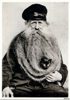 From : submission from unicorn-kk  Well, that's a beard !
