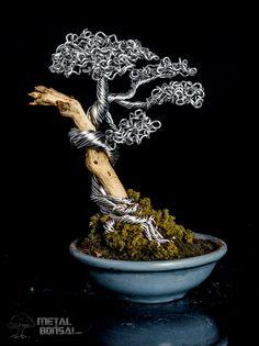 Metal Bonsai Tree Art Sculpture. Wire bonsai tree sculpture. @metalbonsai. metalbonsai.com #bonsai metalbonsai