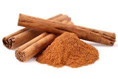 Le saviez-vous ? la cannelle, consommée sous forme de tisane, peut être une réelle alternative au café (riche en caféine) en cas de fatigue.