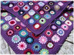 Neverending Mood Blanket - Crochet Granny Square Blanket FREE Pattern by @Linda Fran