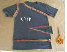 WobiSobi: Side Tied, Triangle Tee: DIY This Shirt is such a cute, easy shirt for summer. It literally will only take you about 15 minutes to create. I told you, I am . Diy Cut Shirts, Simple Shirts, T Shirt Diy, Cutting Shirts, Men Shirts, Ripped Shirts, Diy Fashion, Ideias Fashion, Fashion Outfits