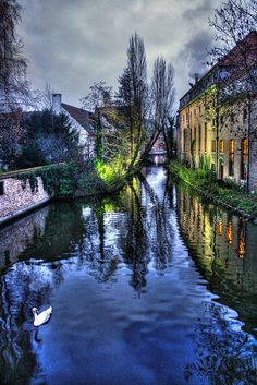 Beautiful Brugge, Belgium. One of my favorite places to dream about visiting......Someday :)