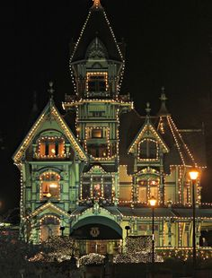 victorianhouses: The Carson Mansion at Christmas. The Carson Mansion is a large Victorian house located in Old Town, Eureka, California. Christmas Light Displays, Christmas Lights, Green Christmas, Christmas Houses, Christmas Colors, Christmas Time, Merry Christmas, Christmas Decorations, Victorian Architecture