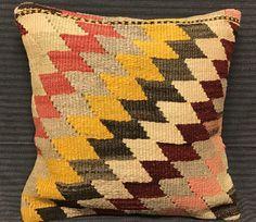Turkish Boho Pillow. Bohemian Pillows. Decorative Pillows. Turkish Kilim Pillow 40 x 40 cm  Boho Pillow. Rug Pillow Cover. Turkish Bedding by TurkishBohoChic on Etsy