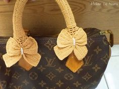 Crochet Handle Cover - Bow in GOLD - for Louis Vuitton Speedy or your love bag