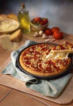 My favorite food: PIZZA