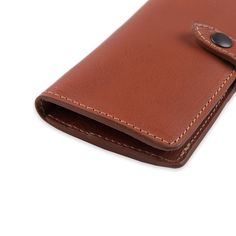 A perfect wallet for a woman, with all the space for cards and money. Special Gifts For Her, Gifts For Wife, Cowhide Leather, Brown Leather, Handmade Leather Wallet, Wallets For Women Leather, Vegetable Tanned Leather, Leather Accessories, Italian Leather