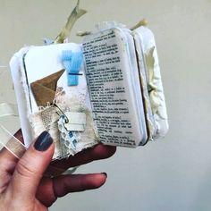 Travel Scrapbook Videos How To Make A - Travel Memory Journal, Small Journal, Junk Journal, Handmade Books, Handmade Journals, Handmade Crafts, Handmade Rugs, Scrapbook Journal, Love Scrapbook