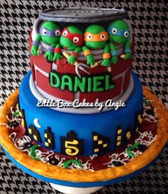 TMNT Cake made for Daniel. The design was inspired by White Crafty Cakes. Ninja Turtle Birthday, Ninja Turtles, Tmnt Cake, Crazy Cakes, Occasion Cakes, Cute Cakes, Cupcake Cookies, Cake Art, Let Them Eat Cake