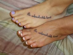 Best Friend Tattoos - Inspiring Sisters Tattoo Designs for You - Sortrature Bff Tattoos, Sister Foot Tattoos, Mom Daughter Tattoos, Sister Tattoo Designs, Sibling Tattoos, Unique Tattoo Designs, Best Friend Tattoos, Tattoos For Daughters, Love Tattoos