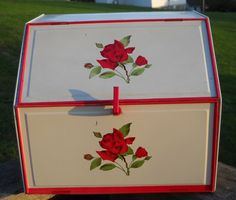 Inspiration for repainting a vintage metal bread box!