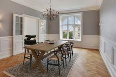 muebles de diseño danés Hans J. Wegner estilo nórdico escandinavo Erik Jorgensen diseño danés diseñadores daneses decoración pisos grandes antiguos decoración elegante nórdica blog de decoración nórdica arne jacobsen
