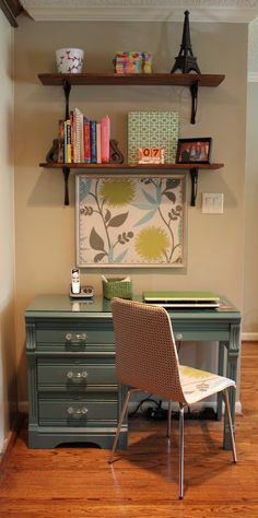 I definitely want a colorful desk. Wonder if that framed pic is a corkboard?