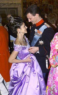 Alexandra, Countess of Frederiksborg Picture Thread, Part November 2002 - - The Royal Forums Yellow Ball Dresses, Royal Dresses, Denmark Royal Family, Danish Royal Family, Princess Style, My Princess, Alexandra Manley, Princess Alexandra Of Denmark, Danish Royalty